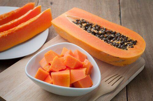 Papaijasta saa hoitavan smoothien