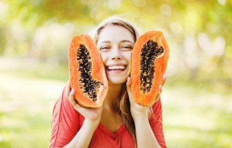 syö viipale papaijaa päivittäin
