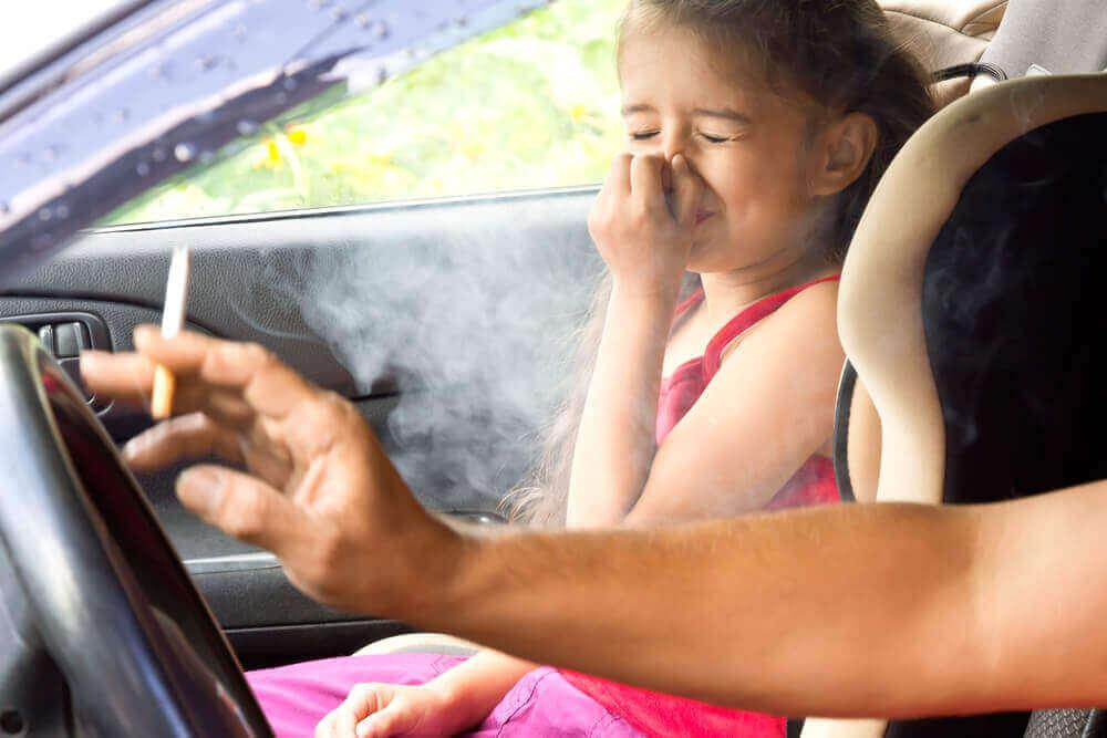 keuhkosyövän aiheuttajat: passiivinen tupakointi