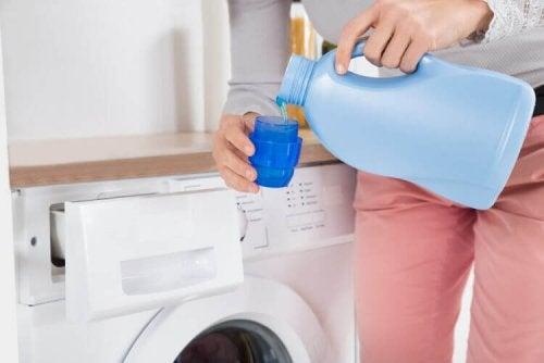 Pyykinpesuaineen valmistaminen kotona
