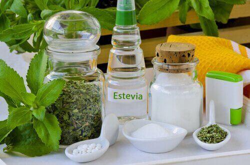 stevia eri muodoissa