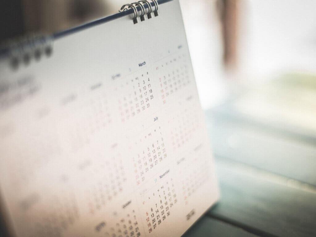 älä katso kalenteria