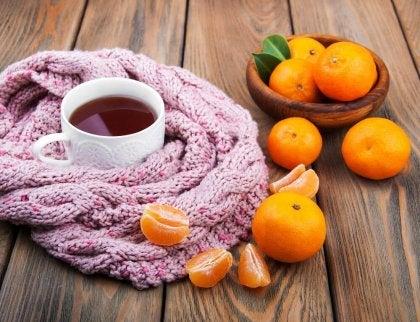 hermoja rauhoittava tee mandariinista