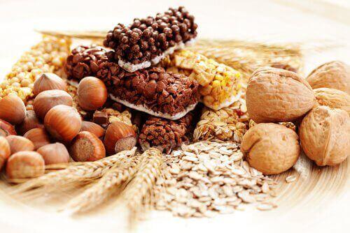 Täysjyvätuotteet auttavat vatsan hoikistamisessa
