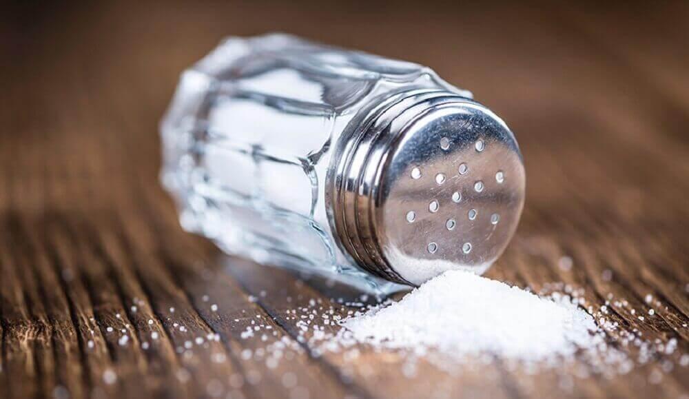liiallinen suola voi johtaa munuaisten vajaatoimintaan
