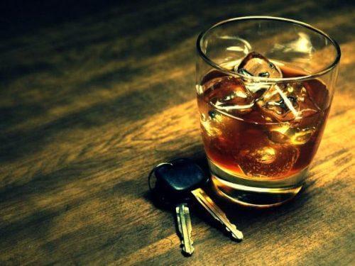 alkoholin aiheuttamat auto-onnettomuudet
