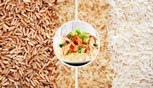 Vähäkalorinen riisi vihanneksilla ja chia-siemenillä