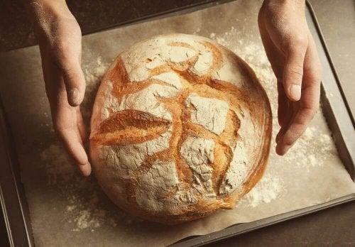 Näin syntyy gluteeniton leipä ilman vaivaamista