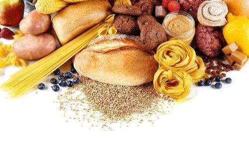 Nopeat hiilihydraatit kannattaa korvata hitailla hiilihydraateilla
