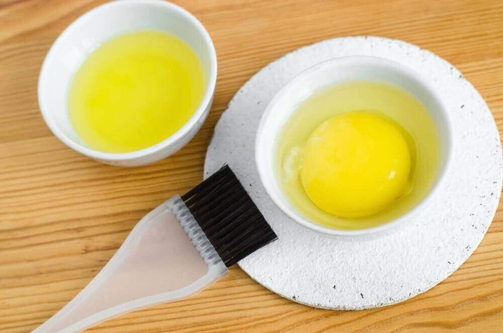 nuorekkuutta lisäävät kasvonaamiot kananmunasta