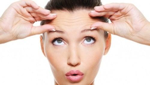 Kasvohieronta parantaa kasvojen lihasten verenkiertoa