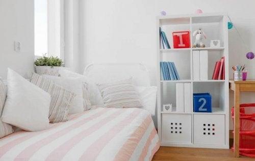 Makuuhuoneen lakanat tulisi vaihtaa kerran viikossa