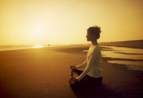 meditointia merenrannalla