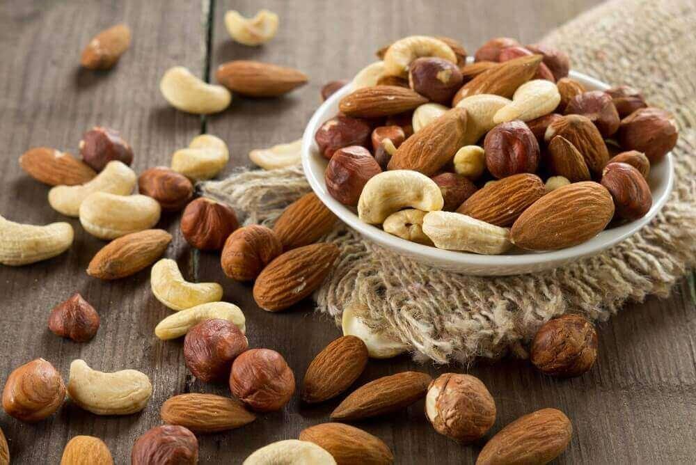 pähkinät lievittävät ahdistusta