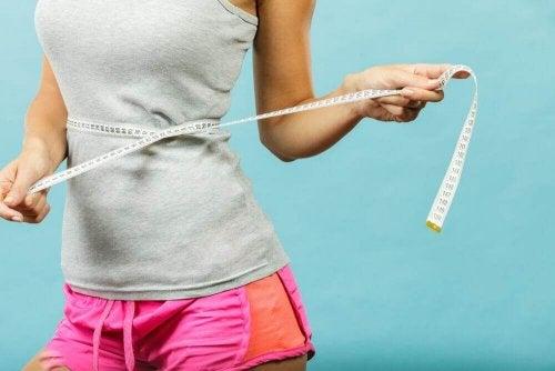 Ruoansulatusta edistävä juoma auttaa myös laihtumaan
