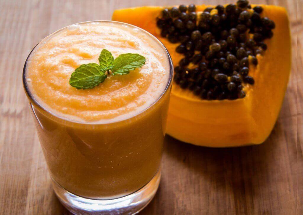 Smoothie papaijasta väsyneille lihaksille
