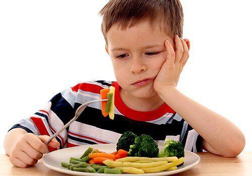 Lapsi ei suostu syömään kasviksia