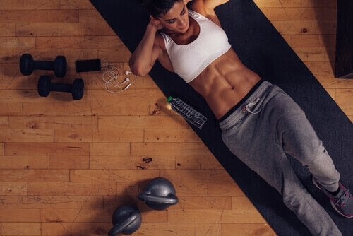 Säännöllinen liikunta helpottaa painonhallintaa