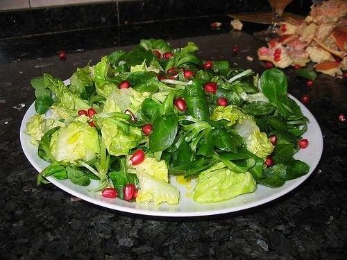 Terveellinen ruokavalio auttaa korkean kortisolin alentamisessa