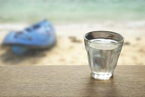 Suolavedestä voi olla yllättävää apua kuiviin silmiin