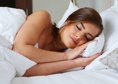 nuku riittävästi päästäksesi eroon väsymyksestä