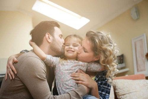 Neljä ongelmaa, jotka ainoa lapsi kohtaa