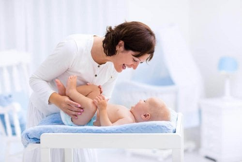 Miksi poikavauvan esinahan tulisi antaa kehittyä luonnollisesti?