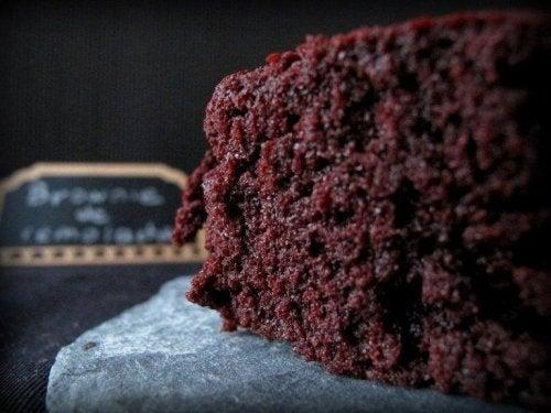 Pavuista valmistetut browniet