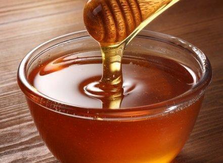 Hunaja auttaa lievittämään mahakatarria