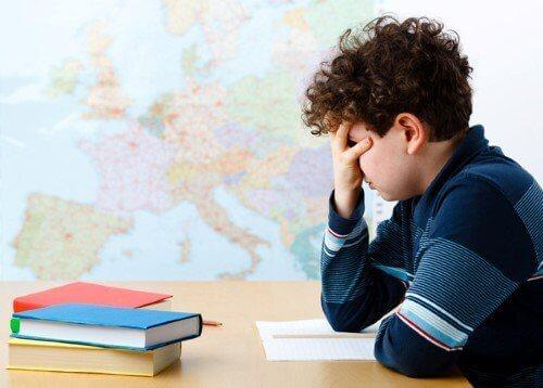 lapsi taisi saada huonot arvosanat