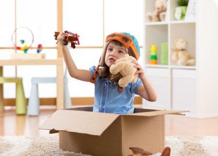 Hyvä keino opettaa lapsille ajanhallintataitoja on hyödyntää heidän leikki-intoaan