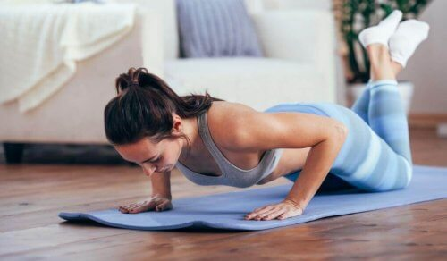 Ikääntymisestä johtuvan painonnousun ehkäisy voimaharjoittelulla
