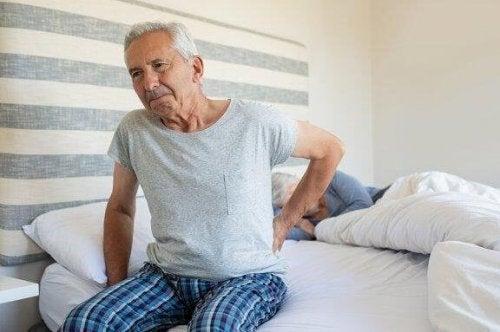 Vinkkejä parempaan uneen nivelpsoriaasista kärsiville