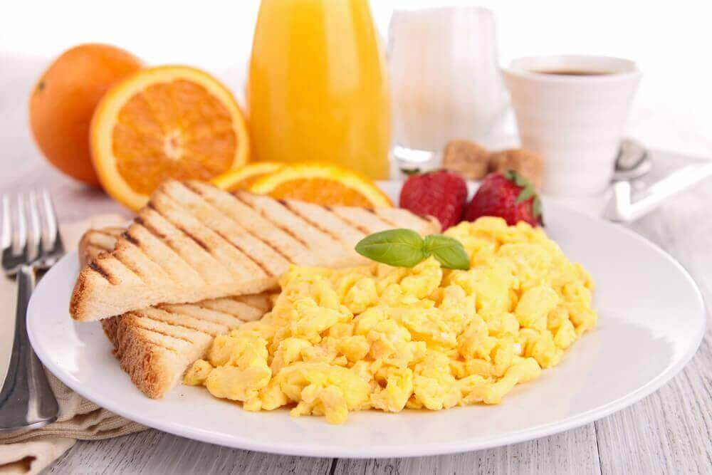 hyvä aamiainen