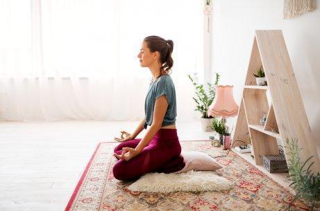 Kuinka hallita stressiä meditaation avulla