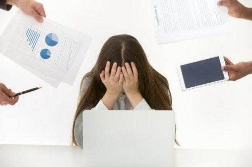 Kuinka hallita stressiä kunnolla: 6 vinkkiä