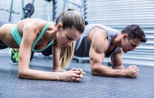 lihasmassan kasvattamista kiihdyttävät harjoitukset