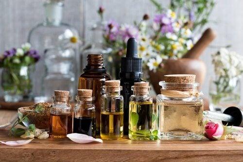 aromaattiset öljyt ja aromaterapia