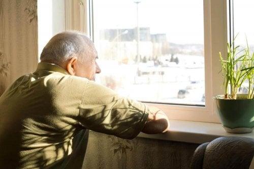 Dementiapotilaan elämä voi olla yksinäistä