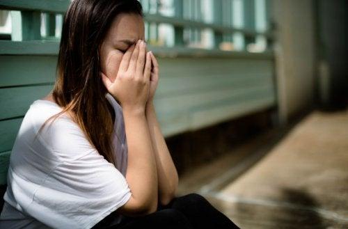 Hylätyksi tulemisen pelko: entä jos kumppanini jättää minut?