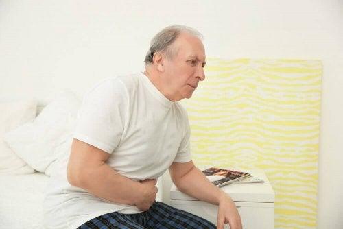 Sahapalmun nauttiminen voi hoitaa ja ehkäistä eturauhasen liikakasvua