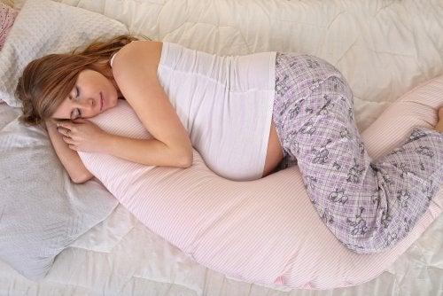 Miten taistella väsymystä vastaan raskauden aikana?