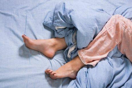 levottomat jalat sängyssä