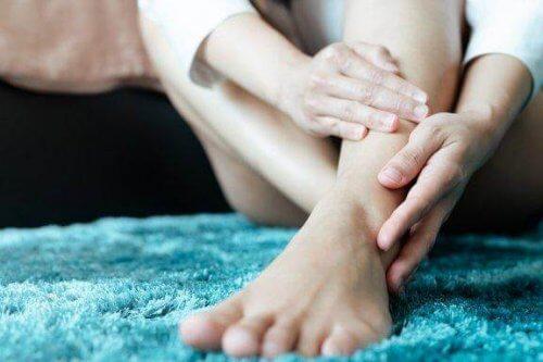 Levottomat jalat -oireyhtymä eli Willis-Ekbomin sairaus