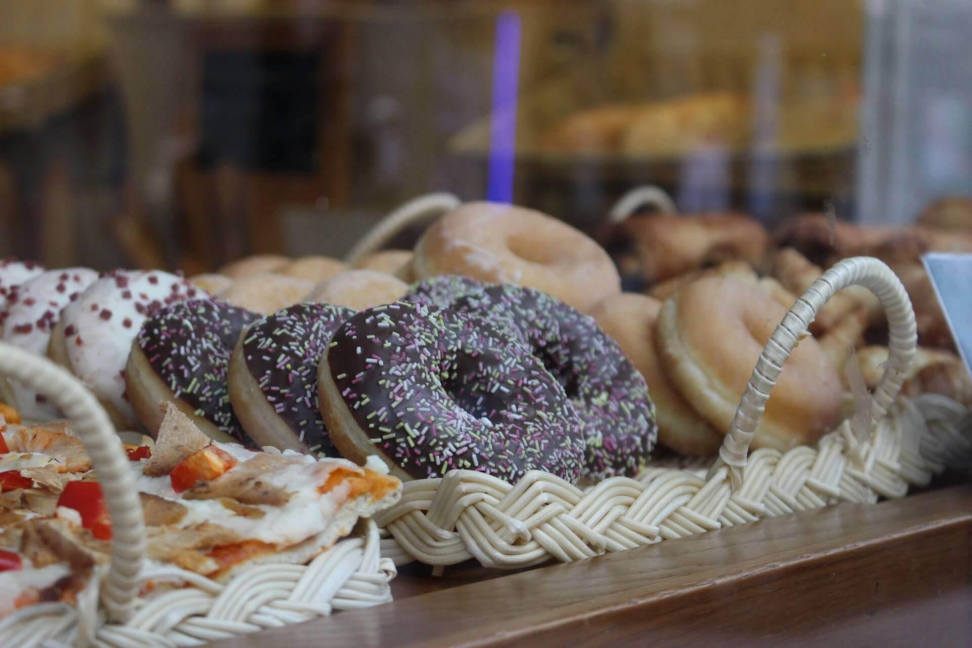 sokeripitoiset ruoat aiheuttavat ahdistusta