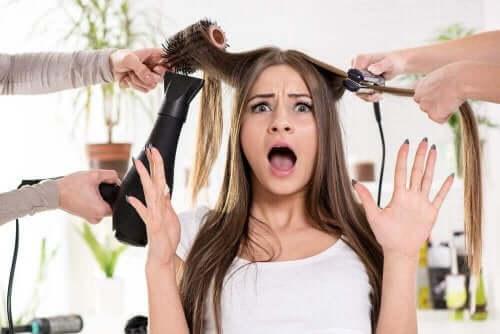 Kuivien hiusten hoitokeinoja