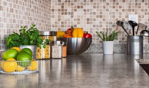 Keittiön järjestyksen parantaminen: 6 neuvoa