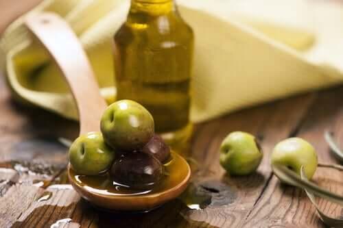 Oliiviöljyn terveysvaikutukset yltävät syvälle suolistoon ja ruoansulatukseen