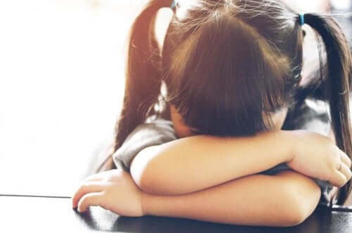 Kouluväsymys lapsella: kuinka sitä voi torjua?