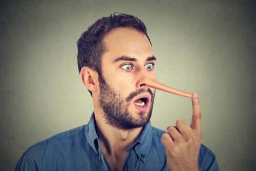Aavistatko, jos joku valehtelee sinulle?